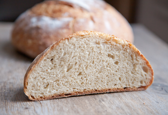 Simple Rustic Bread Recipe | picklesnhoney.com