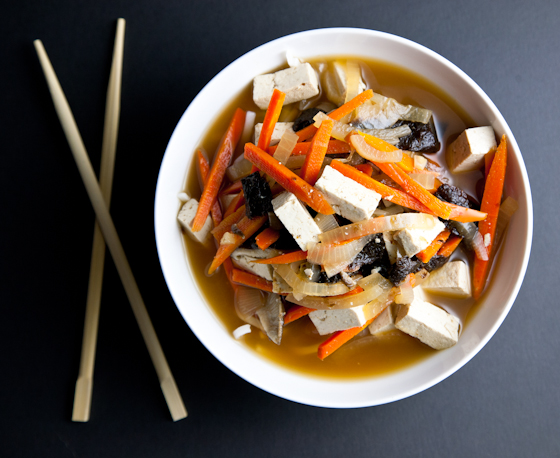 Vegan Miso Soup with Tofu & Rice Noodles | Vegetable Miso Soup ...