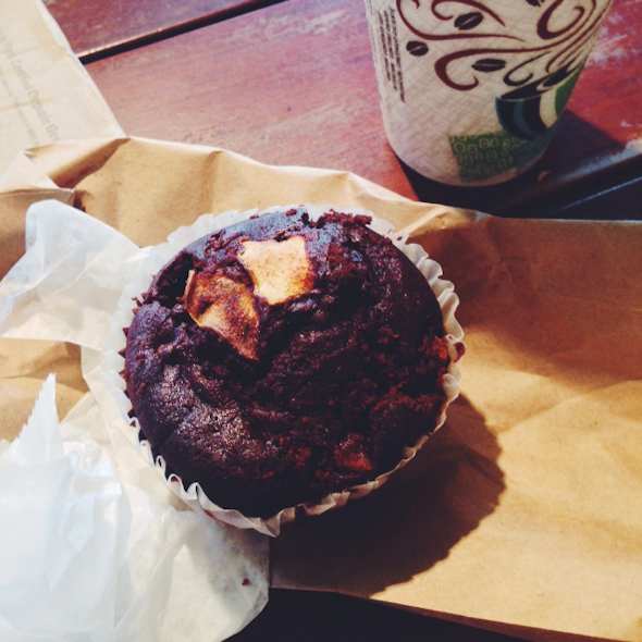 Vegan & GF Chocolate Pear Muffin