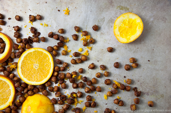 Sweet Chili Orange Fennel Roasted Chickpeas // picklesnhoney.com