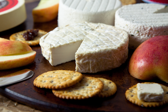 Kite Hill Artisanal Nut Milk Cheese Review // picklesnhoney.com