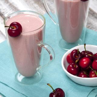 Cherry Cheesecake Protein Power Smoothie