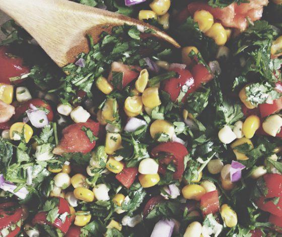 Corn Salsa (Raw, Vegan, Gluten-Free) | picklesnhoney.com
