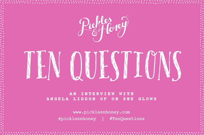 10 Questions: An Interview with Angela Liddon of Oh She Glows | picklesnhoney.com
