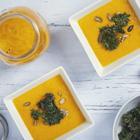 EASY Freezer-Friendly Pumpkin Soup! (Vegan & Gluten-Free) | picklesnhoney.com #vegan #pumpkin #soup #recipe #freezer