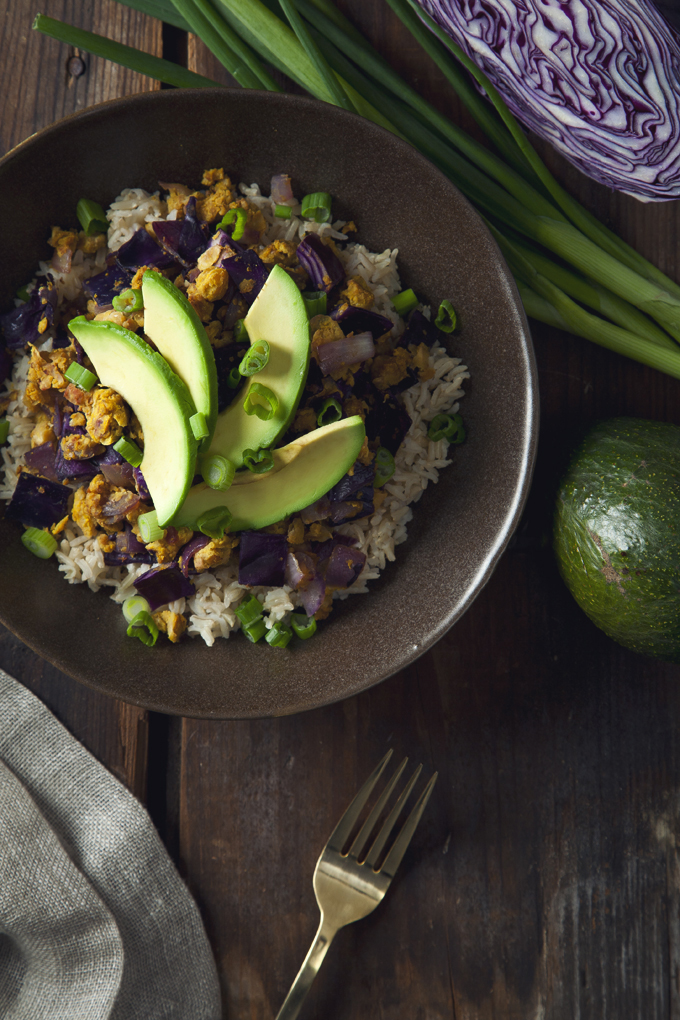 Healthy Chickpea Scramble and Red Cabbage Brown Rice Bowls! | picklesnhoney.com #vegan #glutenfree #chickpeas #scramble #cabbage #brownrice #bowl #lunch #dinner #recipe #main