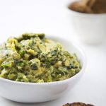 10-Minute Vegan Spinach Artichoke Dip | picklesnhoney.com