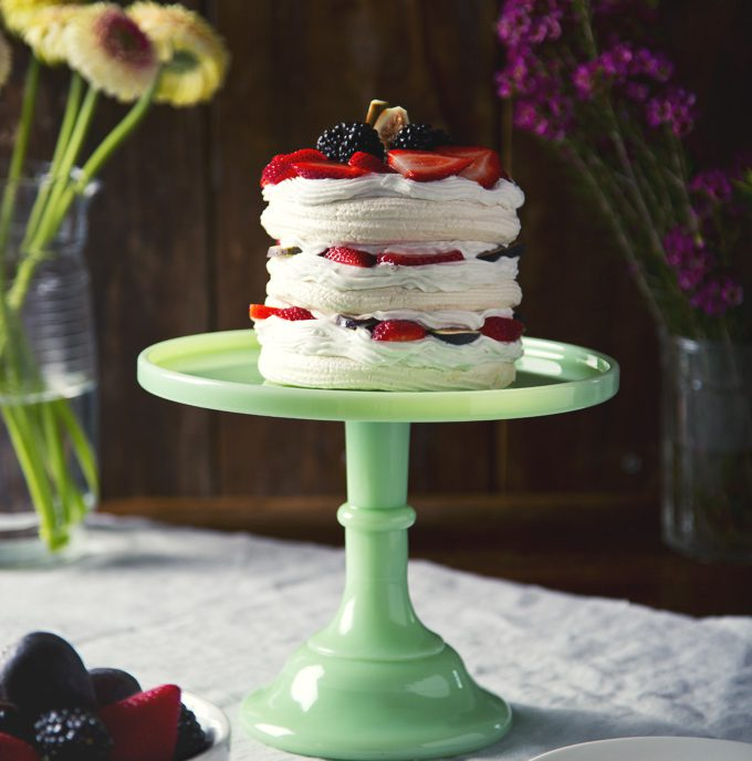 Life-Changing Aquafaba Vegan Pavlova! (or meringues) | picklesnhoney.com #vegan #pavlova #aquafaba #dessert #recipe