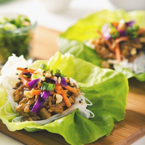 30-Minute Vegetarian Thai Lettuce Wraps with Peanut Sauce! (Vegan with a Gluten-Free Option)   picklesnhoney.com #vegetarian #vegan #glutenfree #thai #lettuce #wraps #recipe #peanutsauce #tempeh
