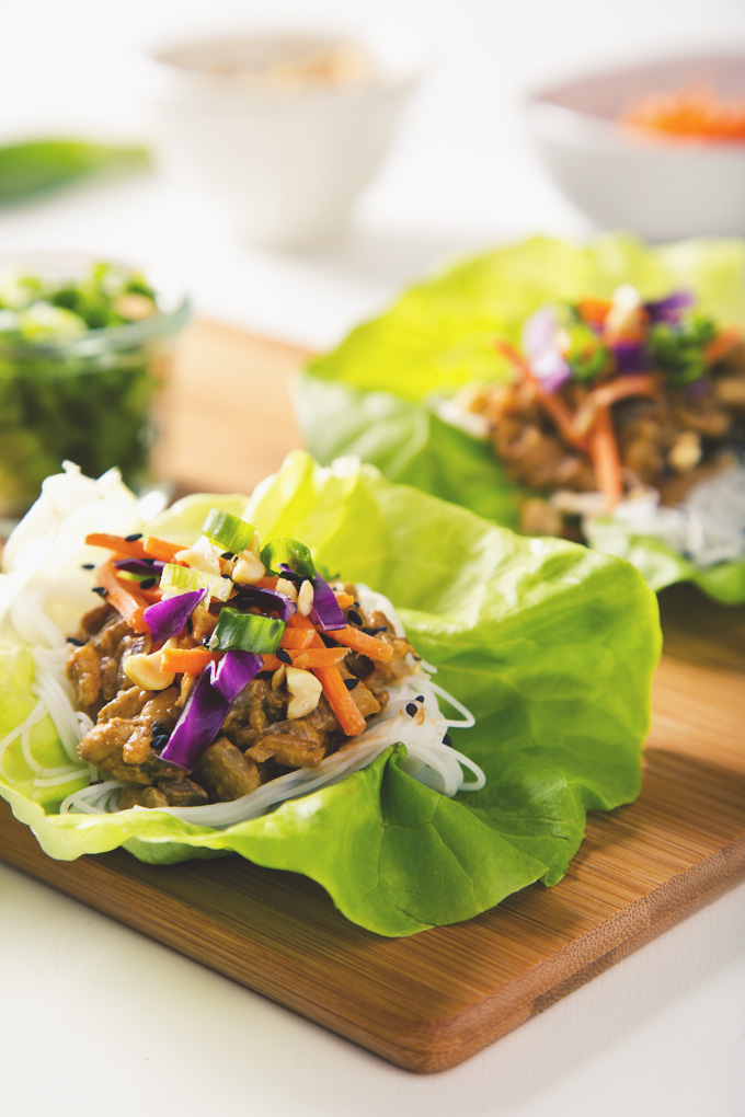 Vegan Thai Lettuce Wraps with Peanut Sauce (Gluten-Free Option) | picklesnhoney.com