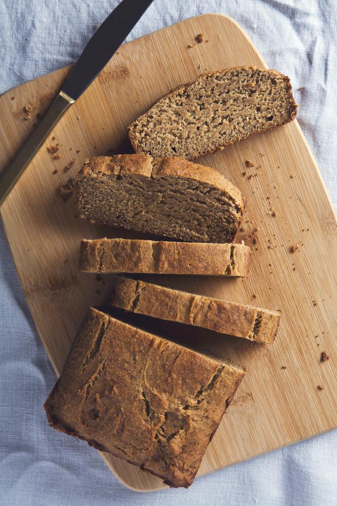 Gluten-Free & Vegan Banana Bread | picklesnhoney.com | #vegan #glutenfree #banana #bread #recipe
