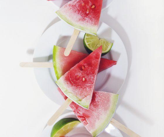The Easiest Sliced Watermelon Margarita Popsicles | picklesnhoney.com #vegan #glutenfree