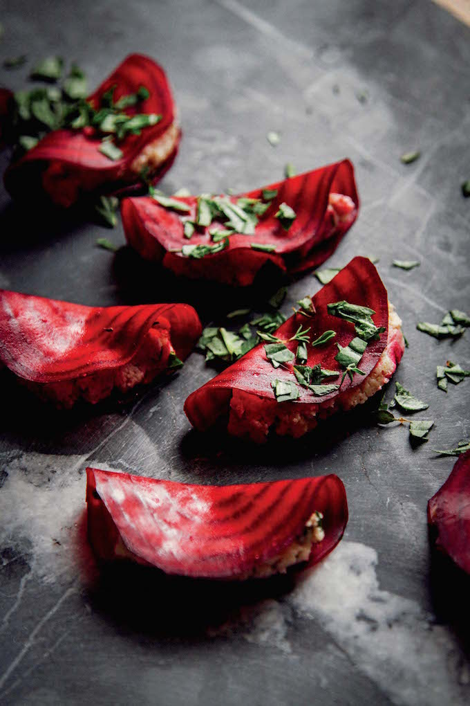 Easy Raw Beet Ravioli with Almond Thyme Pâté + Basil | picklesnhoney.com #raw #vegan #ravioli #glutenfree