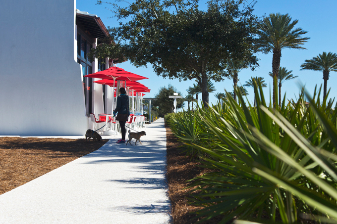Alys Beach, FL | picklesnhoney.com #PHroadtrip #roadtrip #travel