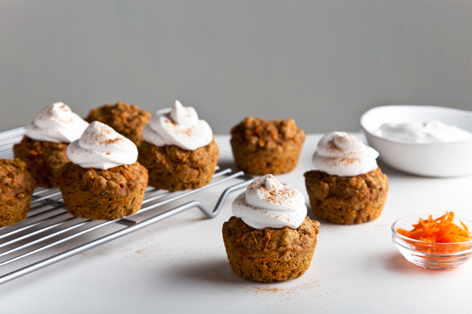 Hippie Carrot Muffins | picklesnhoney.com #vegan #wholegrain #carrot #muffins #recipe