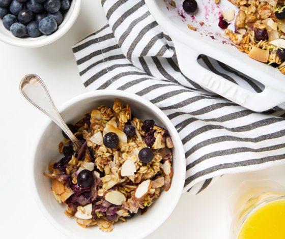 Coconut, Lemon & Blueberry Baked Oatmeal   picklesnhoney.com #vegan #glutenfree #oatmeal #breakfast #recipe
