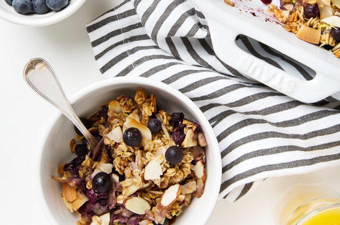 Coconut, Lemon & Blueberry Baked Oatmeal | picklesnhoney.com #vegan #glutenfree #oatmeal #breakfast #recipe