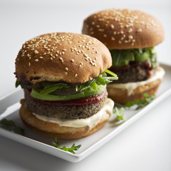 15-Minute Black Bean Burgers | picklesnhoney.com #vegan #blackbean #burgers #lunch #dinner #recipe
