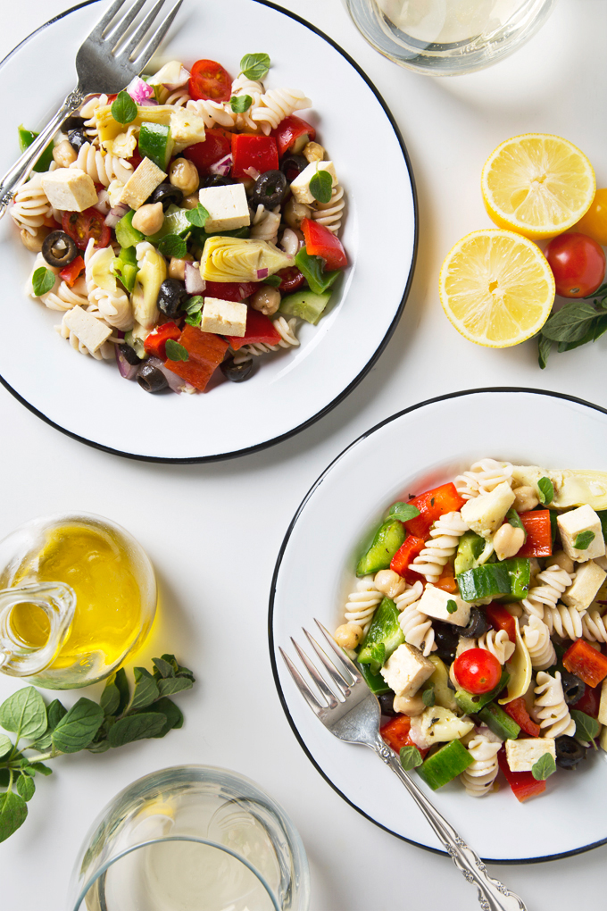 Greek Pasta Salad with Tofu Feta Cheese | picklesnhoney.com #pasta #salad #vegan #greek #glutenfree #recipe