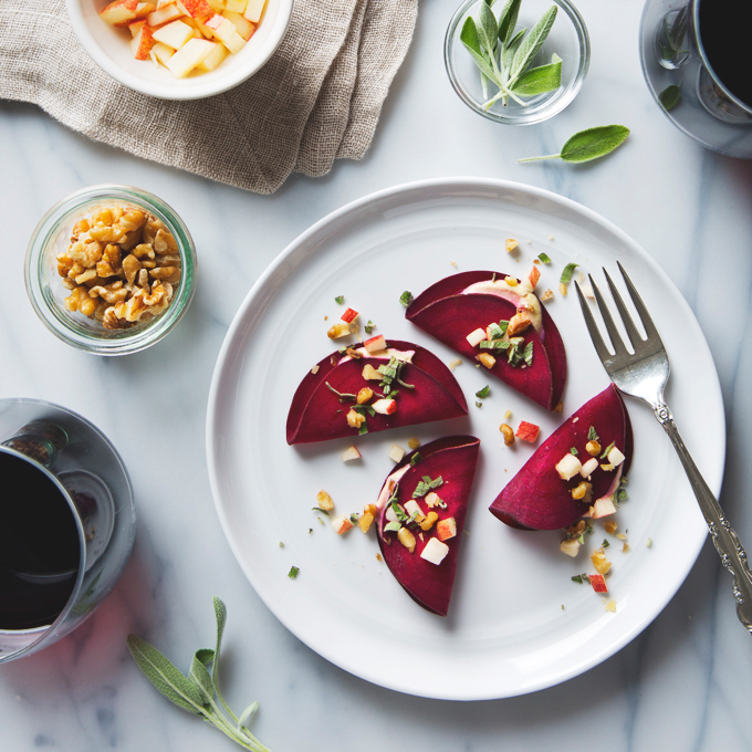 Raw Beet Ravioli with Vegan Cashew Cheese | picklesnhoney.com #raw #vegan #beet #ravioli #recipe