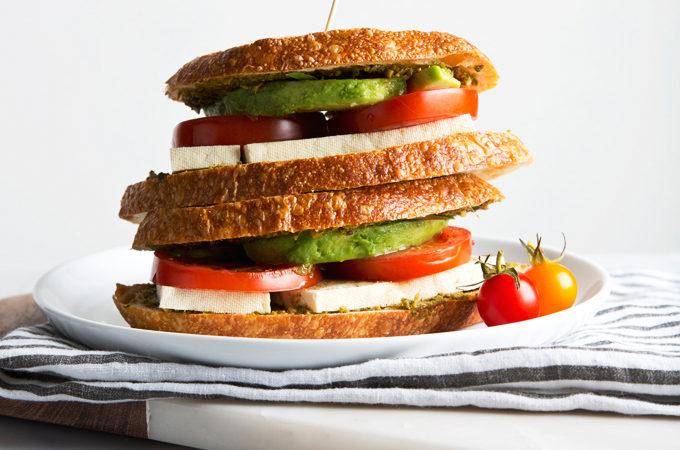 Vegan Caprese Grilled Cheese Sandwich   picklesnhoney.com #vegan #caprese #sandwich #grilled #recipe #lunch #dinner