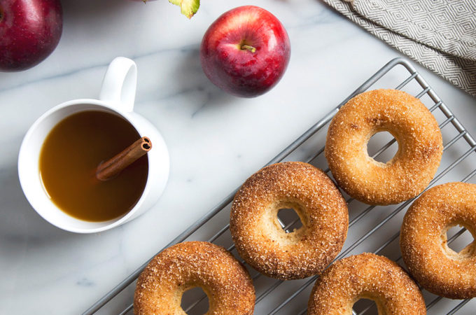 Baked Vegan Apple Cider Donuts | picklesnhoney.com #vegan #donuts #apples #cider #fall #recipe
