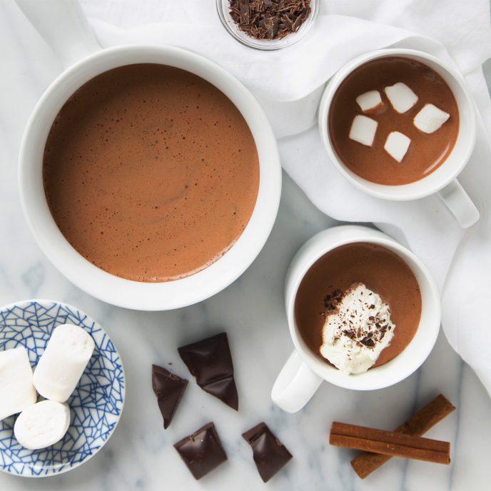 5 Minute Cinnamon Cacao Hot Chocolate   picklesnhoney.com #vegan #hotchocolate #chocolate #drink #recipe