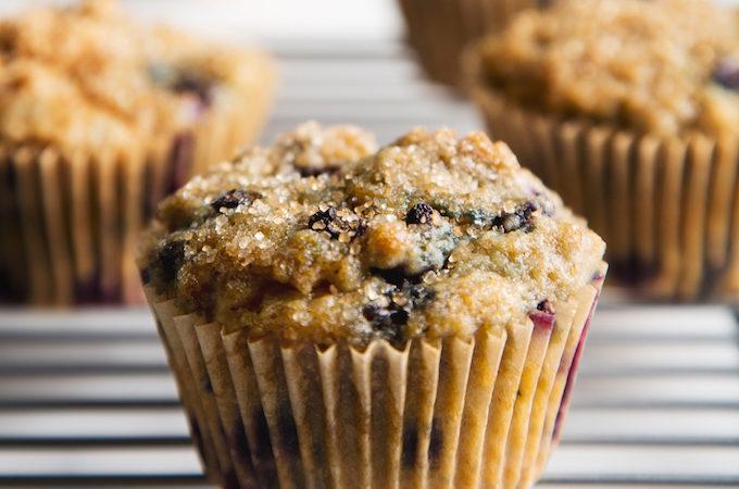 Healthy Blueberry Muffins   picklesnhoney.com #vegan #blueberry #muffins #breakfast #snack #recipe