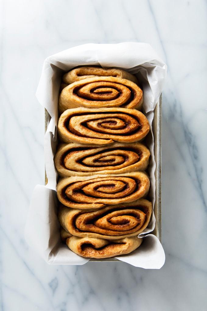 Vegan Cinnamon Roll Loaf | picklesnhoney.com #vegan #cinnamonroll #loaf #recipe #breakfast #brunch