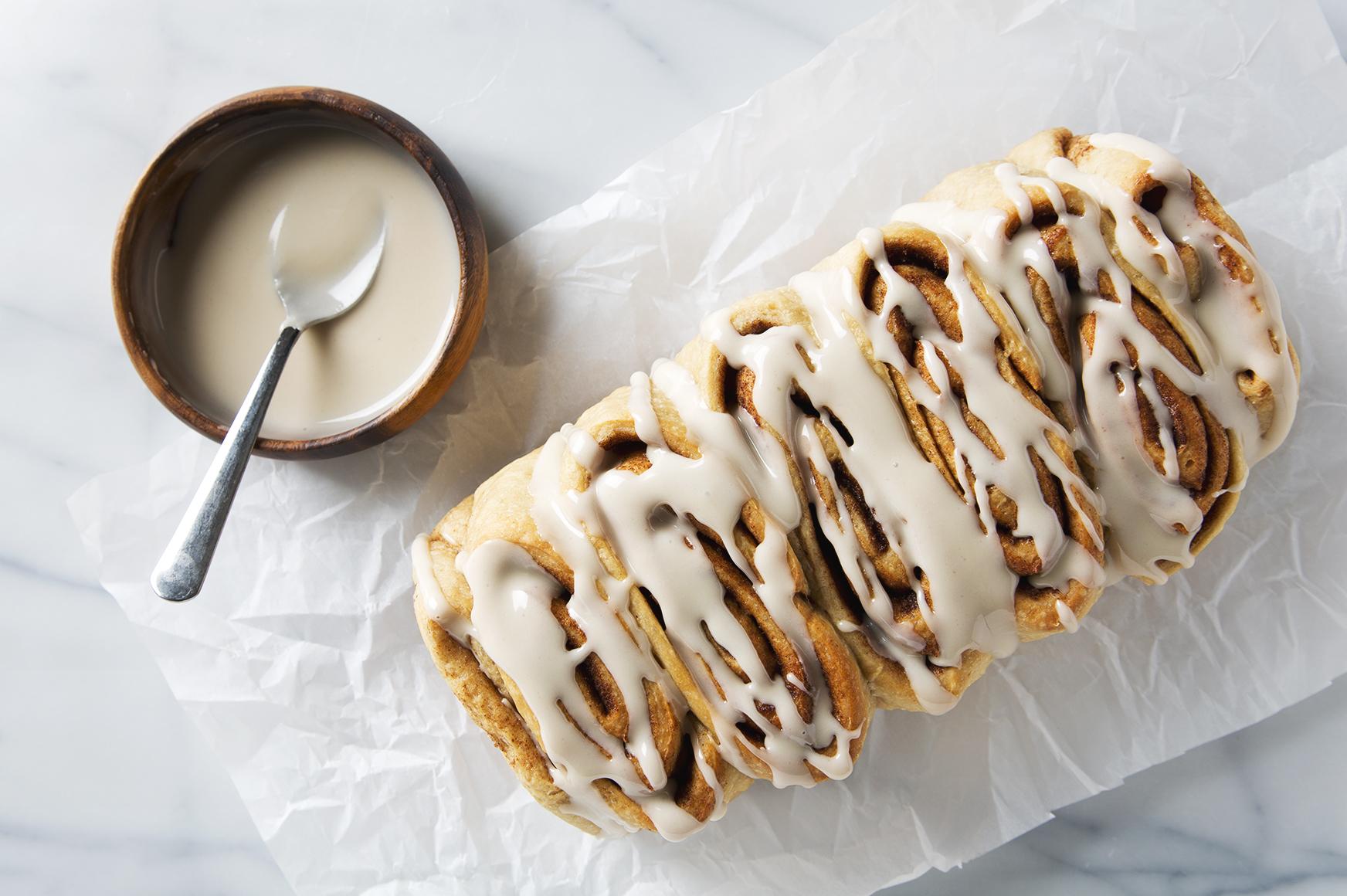 Vegan Cinnamon Roll Loaf   picklesnhoney.com #vegan #cinnamonroll #loaf #recipe #breakfast #brunch