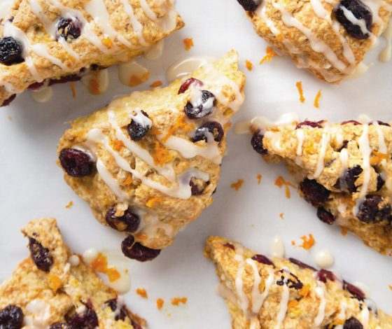 Simple Vegan Cranberry Orange Scones | picklesnhoney.com #scones #cranberry #orange #vegan #recipe #breakfast #brunch