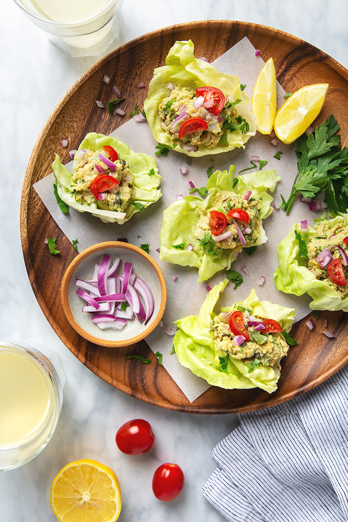 10-Minute Chickpea Salad Lettuce Wraps | picklesnhoney.com #chickpea #salad #lettuce #wrap #vegan #recipe #lunch #appetizer
