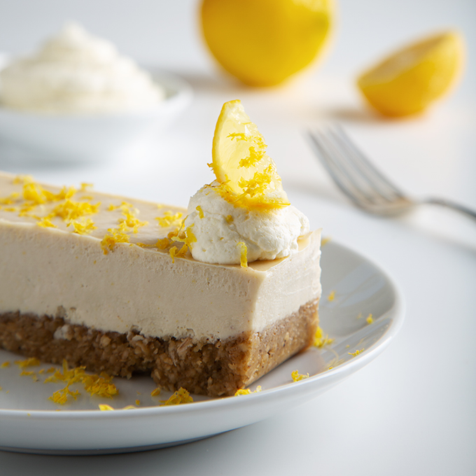 No-Bake Lemon Cheesecake Bars (15 minute to assemble!) | picklesnhoney.com #vegan #lemon #cheesecake #recipe #dessert #nobake #glutenfree
