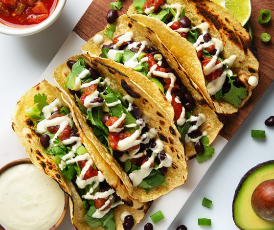 Vegan Black Bean Breakfast Tacos with Creamy Garlic Sauce   picklesnhoney.com #vegan #glutenfree #breakfast #tacos #recipe