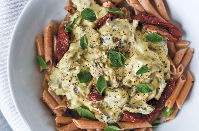 Creamy Vegan Mushroom Penne | picklesnhoney.com #vegan #glutenfree #mushroom #penne #noodles #lunch #dinner #recipe